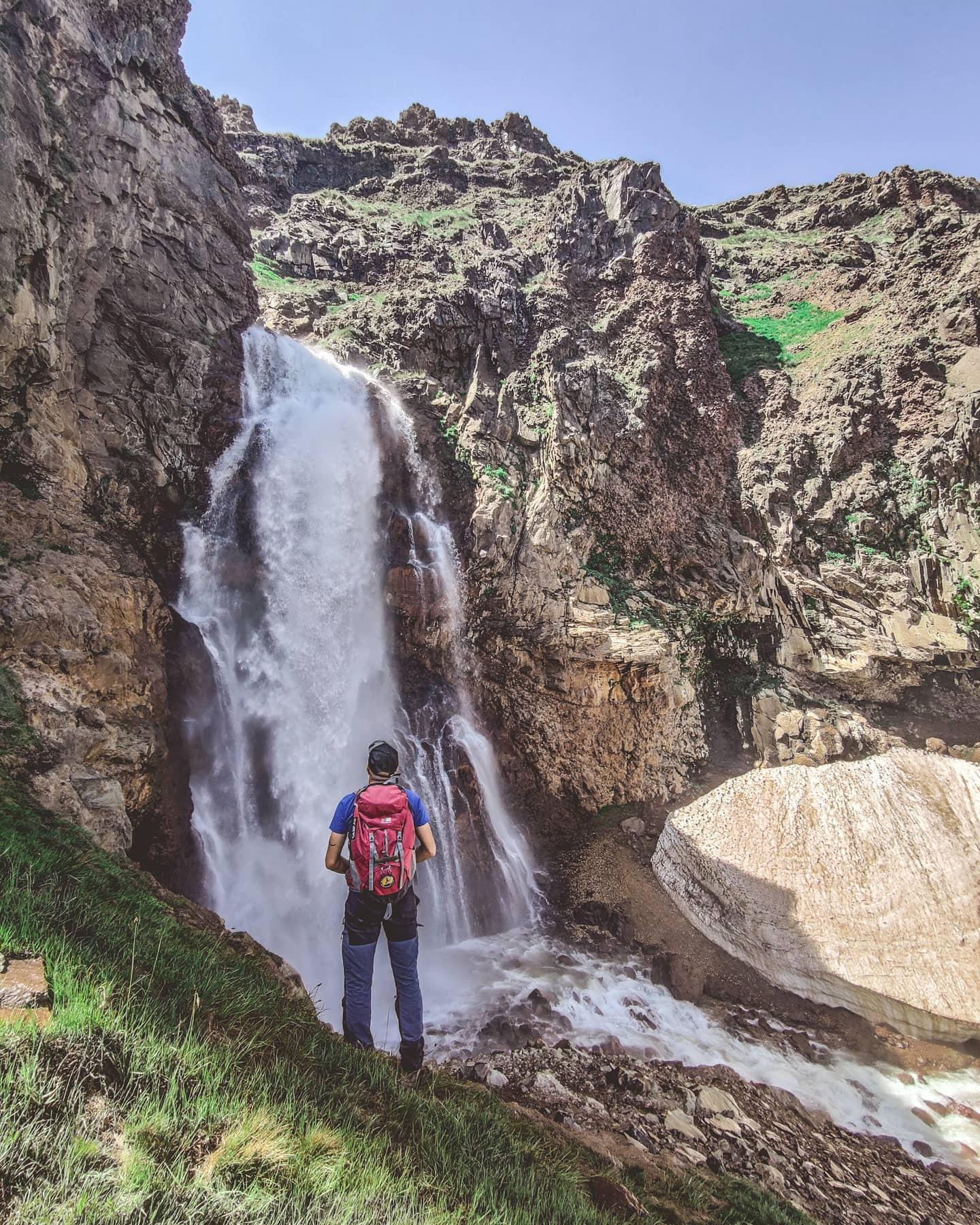 Gegharot Waterfall, Aragats